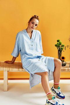 Kody lyseblå kjole fra Nümph
