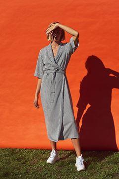 Beach slå-om kjole fra Just Female