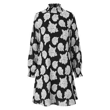 Drizella kjole fra Mads Nørgaard