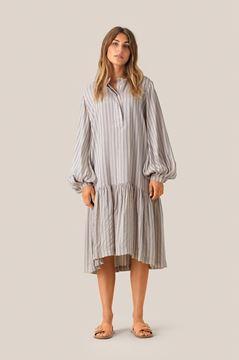 Loga kjole fra Second Female