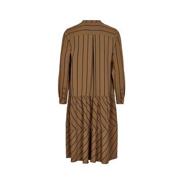 7420816 kjole fra numph