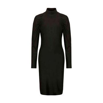 Rifa slim kjole fra Gestuz