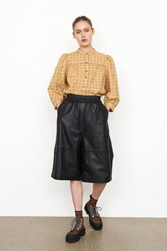 Edie læder shorts fra Second Female